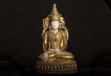 Antik kongeshan Buddha, Alabaster med guld, PRIS 58.000 kr