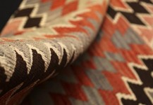 Kelim tæppe, Str. 256 x 143 cm.  Pris 6.600 kr.